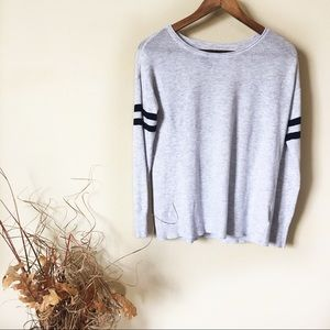 ☕️ 5/$20 American Eagle XS Thermal Top